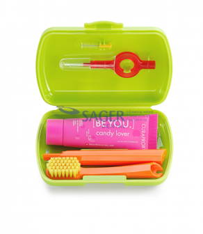 products-travel_set-box-open-green.png